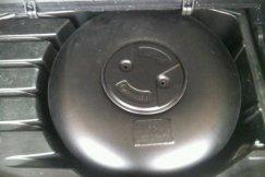 Deposito toroidal en hueco rueda repuesto sistema GLP Autogas