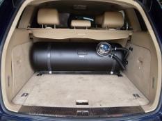 Porsche Cayenne Depósito cilíndrico GLP (2)